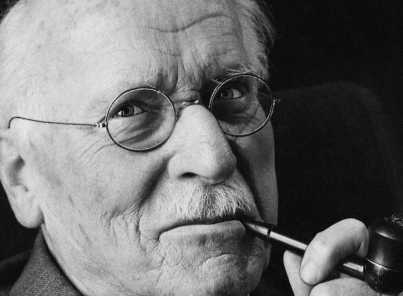 Gli Archetipi nei Tarocchi - Carl Gustav Jung